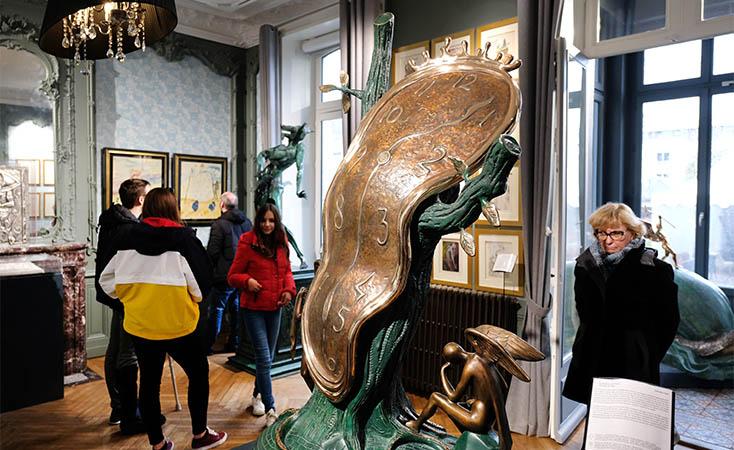 Salvador Dalí s'expose à Nantes
